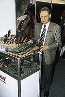 Björn Ingelsson EKA-knivar med ett fint sortiment.