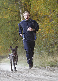 Löpning är ett bra sätt att träna konditionen på inför höstens jakt.
