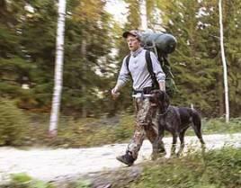 På sensommaren är det dags för praktisk jakträning.