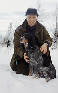 I Birk har Lars hittat sin önskehund som fungerar såväl i skogen som i hemmet.