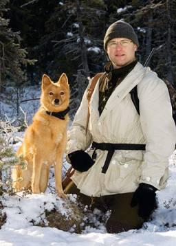 Göran Hellström, Storuman, med sin egen uppfödning och jaktprovsstjärna, Sörlidbäckens Chili.