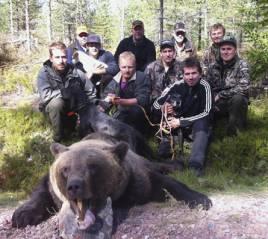 Mikael Westerling fällde den första björnen.