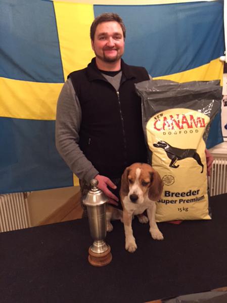 Erik Lyden tillsammans med sin SM-vinnare.