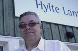 Karl-Göran Carlsson, har köpt Hylte Lantmän och driver nu företaget vidare med fortsatt utveckling av produktsortimentet