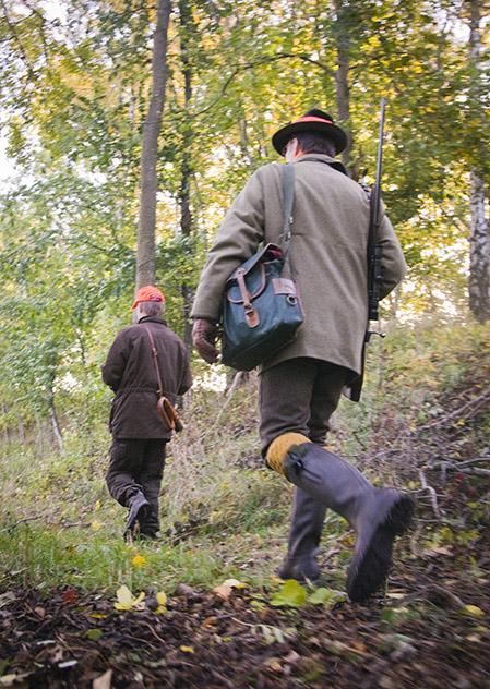 Jakten i Sverige förändras. I de urbaniserade delarna av landet är det dyrt att ha tillgång till jaktmark. Håller jakten på att bli en klassfråga? Foto: Per Jonson
