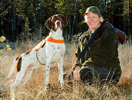 Compis är inte bara en duktig jakthund, han är även utställningschampion och naturligtvis husse Martin Jönssons ögonsten.