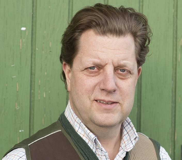 Staffan Schullström tar nu över rodret på Sveriges äldsta jaktbutik.