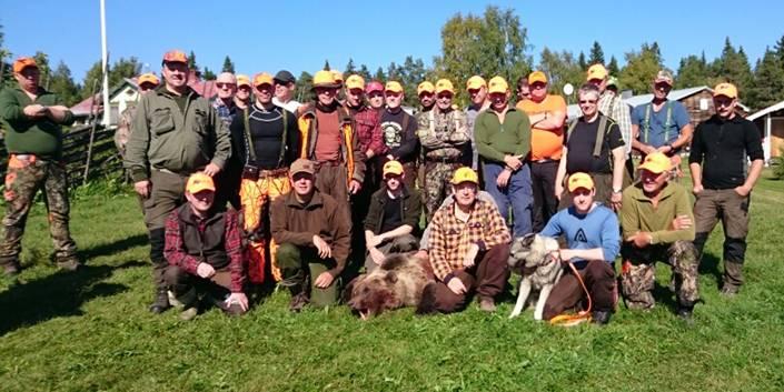 Ett 20-tal gäster fick uppleva en spänande jakt i hos PN-Jakt idag.