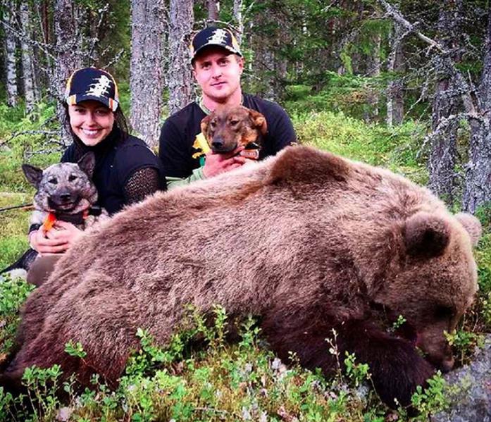 Natalie Jonsson och Robert Salomonsson bakom hennes femte björn hittills.
